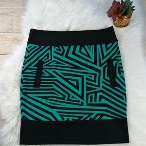 Kardashian Kollection Skirt Size L
